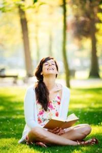blissful.girl.dreamstime_xs_3721139030000